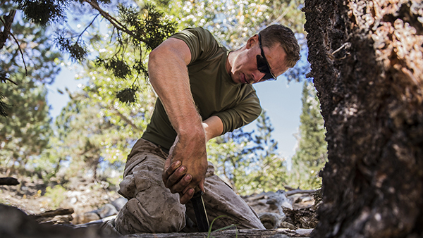 7 Basic Survival Skills Every Man Should Know!